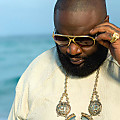Rick Ross - Cut Her Off (Remix)
