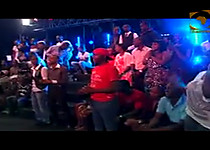 wizkid performs azonto live for channel o in Kenya